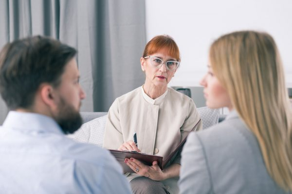 When to Call a Family Mediator in South Florida